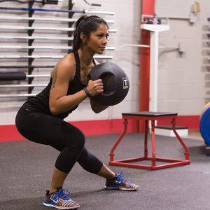 ejercicios con balon medicinal 3kg peru